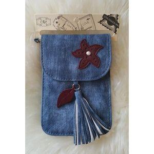 Handbags - Purse / Crossbody Clutch